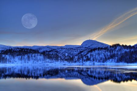 Winter landscape in the Norwegian mountains photo