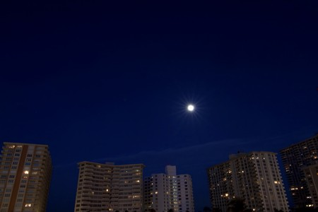 Nighttime over Fort Lauderdale city, Florida Stock Photo - 7076559