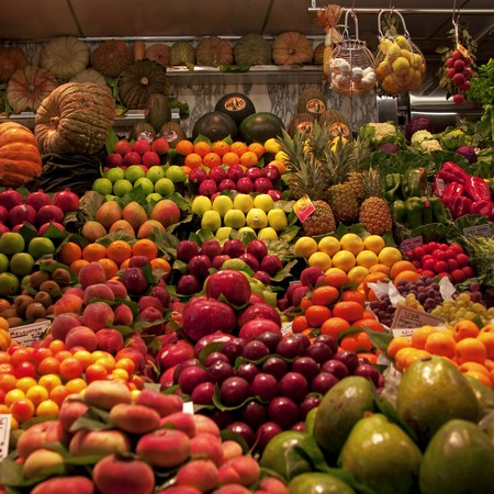 Fruit stall display in Barcelona's marketplace Stock Photo - 7275316