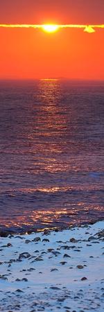 Sunset in wintertime at the Norwegian coast, Moelen Stock Photo - 12442378