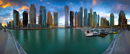water panoramic: Dubai Marina Panorama