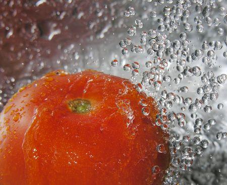 umyty: Świeżo umyte pomidorowego