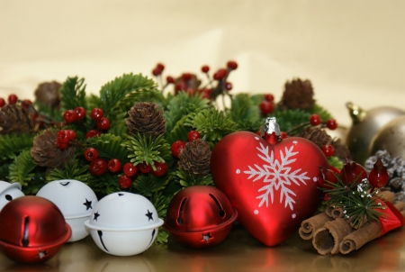 cinammon: Christmas background with cinammon, bells, fir tree and decorations