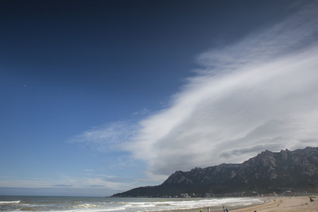 strange mountain: Wang Ge beach zhuang