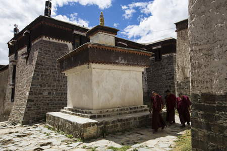 ancient buildings: Tashilhunpo monastery ancient buildings