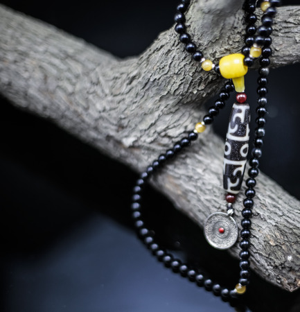 magnetic stones: Black beads necklace