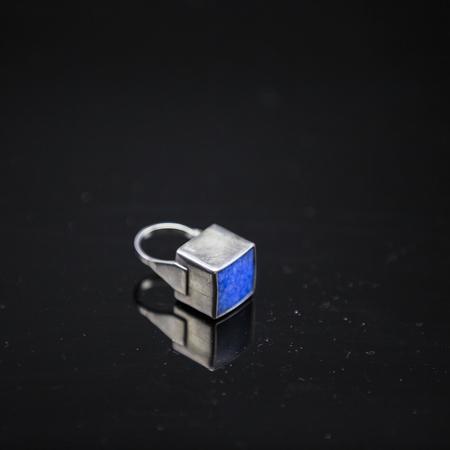 sapphire: Sapphire anillo