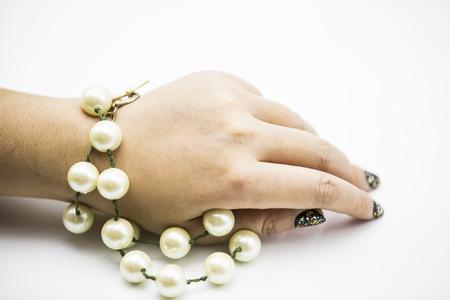 freshwater pearl: Pearl chain