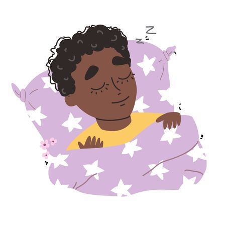 Adorable little black african american boy sleeping in the bed Banque d'images - 146379257