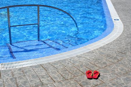 swim shoes: Flipflops and pool