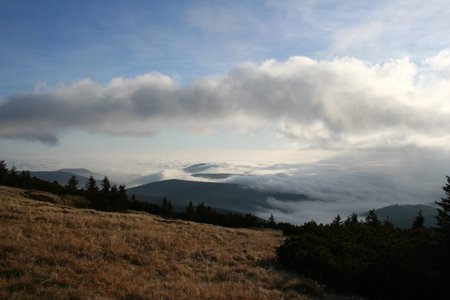 smother: A view on clouds over Krkonose mountains, Czech Republic Stock Photo