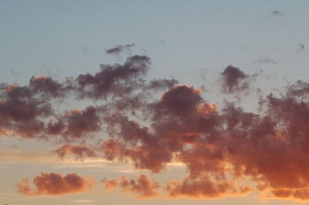 befog: Red afternoon clouds
