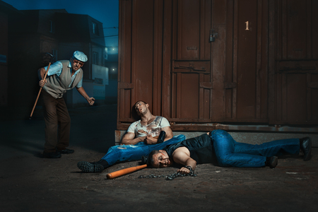 attacker: At night, on the street an old man, he beat bandits.