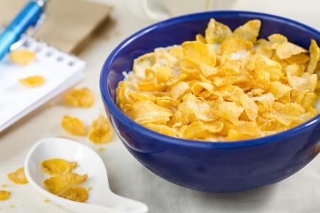 corn flakes: corn flakes pour le petit d�jeuner