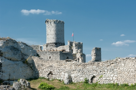 The ruins of a medieval castle in Ogrodzieniec photo