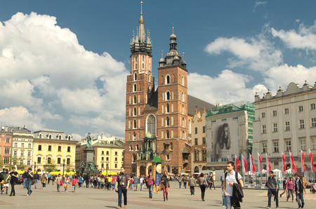 mary's: St. Marys Church in Krakow. Editorial