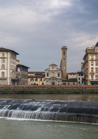 other side of: The church of Ognissanti viewed on the other side of Arno river Stock Photo