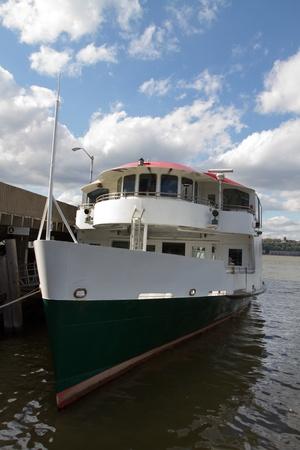 Excursion boat Reklamní fotografie