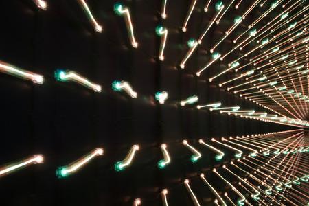 leds: fondo oscuro con LEDs multicolores en perspectiva