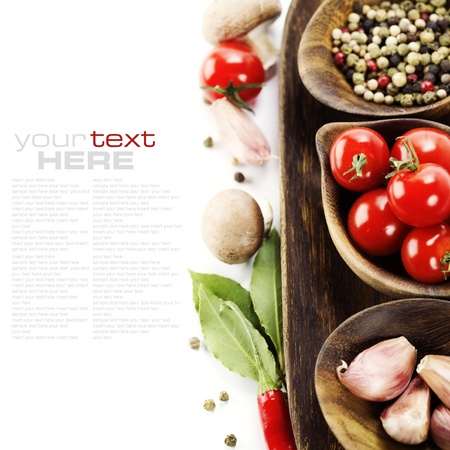 dried food: Fresh herbs and spices (tomatoe, garlic, pepper, mushroom, bay leaves) With sample text