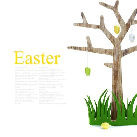 easter tree: Pasen boom met eieren en gras (met makkelijk verwijderbare tekst) Stockfoto