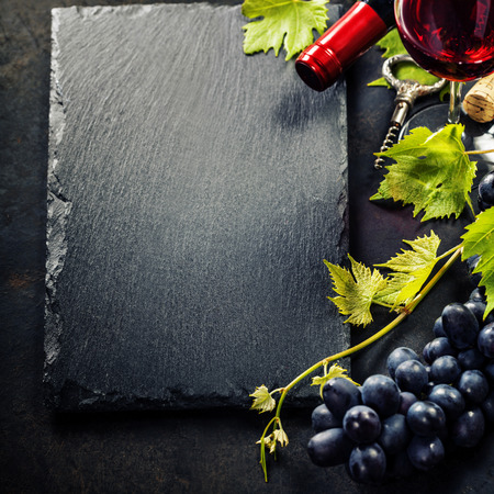 des vins: Food background with Wine and Grape