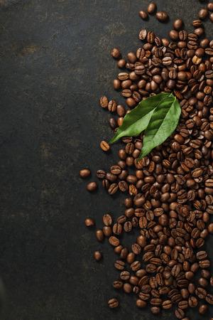 Koffie op grunge donkere achtergrond Stockfoto