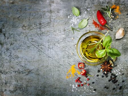 hierbas: Hierbas y especias selecci�n, de cerca Foto de archivo
