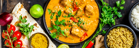 Traditionele curry en ingrediënten