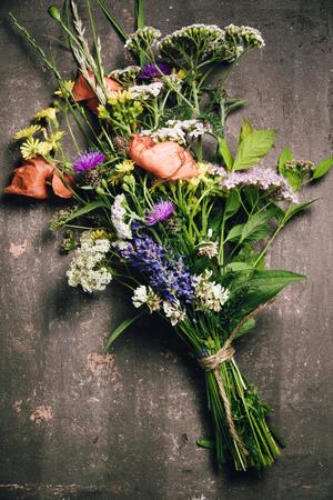 Wild flower bouquet on vintage Stock fotó