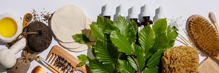 Zero waste, eco friendly cosmetic products and bathroom accessories Standard-Bild - 123182952