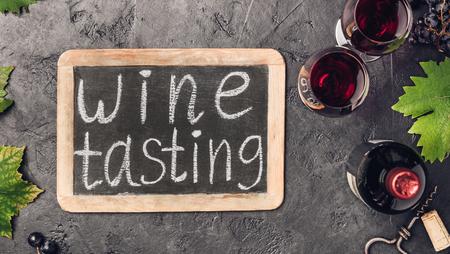 Wine testing concept on dark background Standard-Bild - 124680750