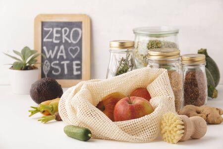 Compras cero residuos, reciclaje, concepto de estilo de vida sostenible