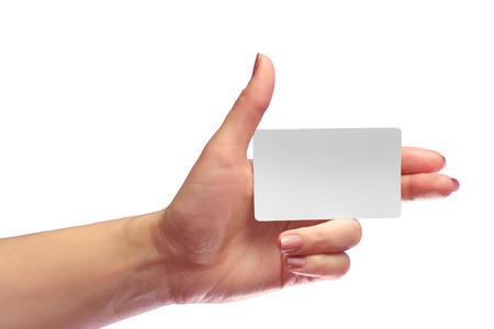 왼쪽 된 여성 손을 잡고 빈 흰색 카드 모형. 선불 된 플라스틱 NFC ID EPC RFID 통화 카드 둥근 모서리 템플릿 모의. 신용 Namecard 또는 전송 식별 지하철 티켓