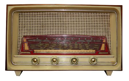 fm: Antique radio isolated with clipping path