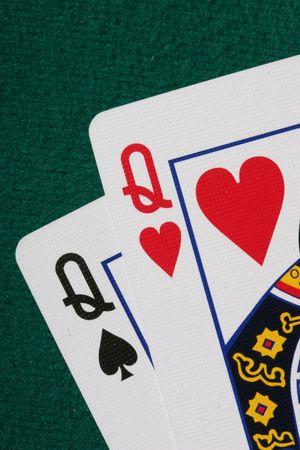 jack pot: Ci�rrese para arriba del bolsillo QQ - una mano muy fuerte en p�ker del holdem de Tejas