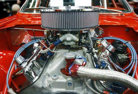 Zeer aangepaste auto motor in een herbouwde muscle car - alle auteursrechten verwijderd materialen