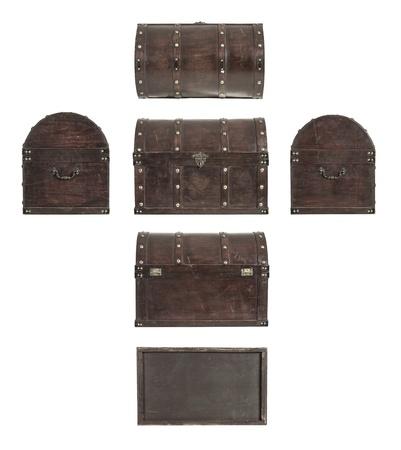 cofre tesoro: Todas las partes de un cofre del tesoro viejo aislado en el fondo blanco Foto de archivo