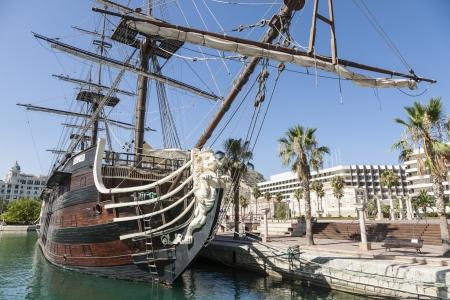 alicante: Beautiful replica of the Santisima Trinidad in the harbor of Alicante Editorial