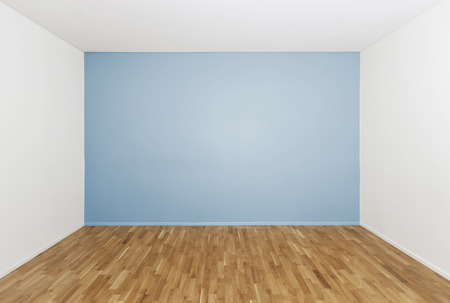 Boys bedroom with no furniture photo