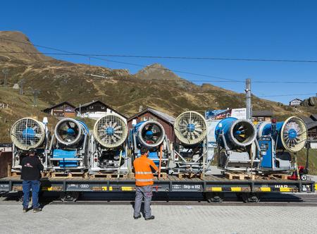 skie: Several snow cannons on a train in Kleine Scheidegg in Switserland. Editorial