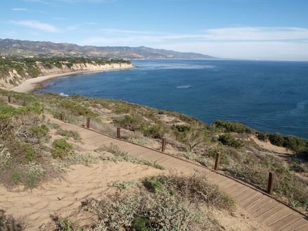 A wide view of the Malibu Pacific coast. Stock Photo - 4295242