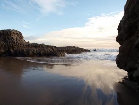 Receding surf on the rocky California coast. Stock Photo - 4331073