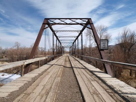 Very old wooden bridge in the rural midwestern countryside. Stock Photo - 4855590