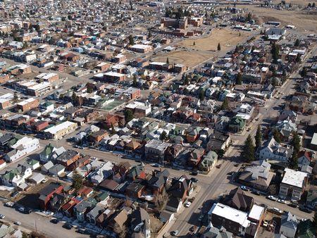 A�rea de una peque�a ciudad rural en un bello Montana EE.UU.. Foto de archivo - 4855565