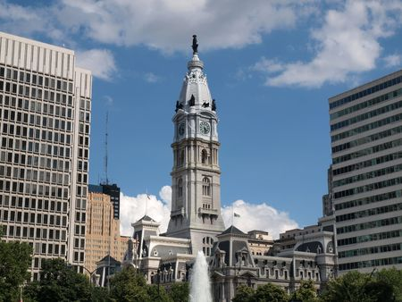 Philadelphia city hall and fountain on sunny afternoon. Stock Photo - 5040740