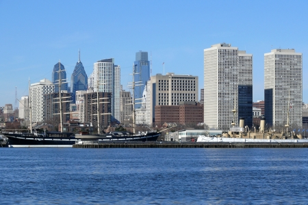 Philadelphia's scenic riverfront on a bright sunny morning. Stock Photo - 7044199