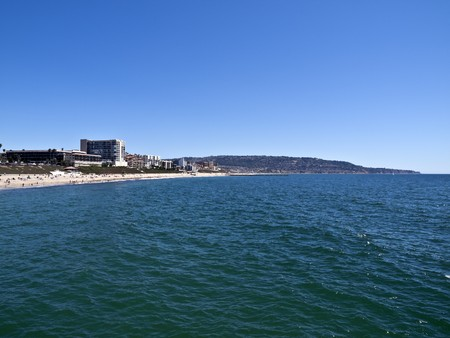 View south from the Redondo Beach Pier in sunny southern California.   Stock Photo - 7419914