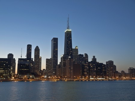 Downtown Chicago and the Lake Michigan shore at night. Stock Photo - 7707029