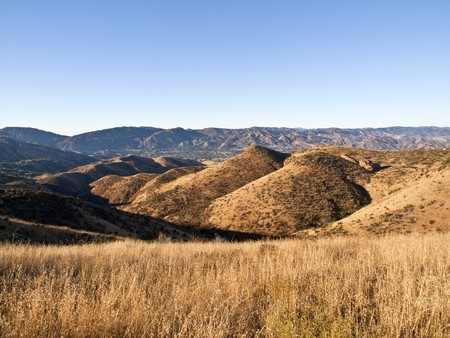 Late summer grass in early morning light above Simi Valley California. Stock Photo - 7707124
